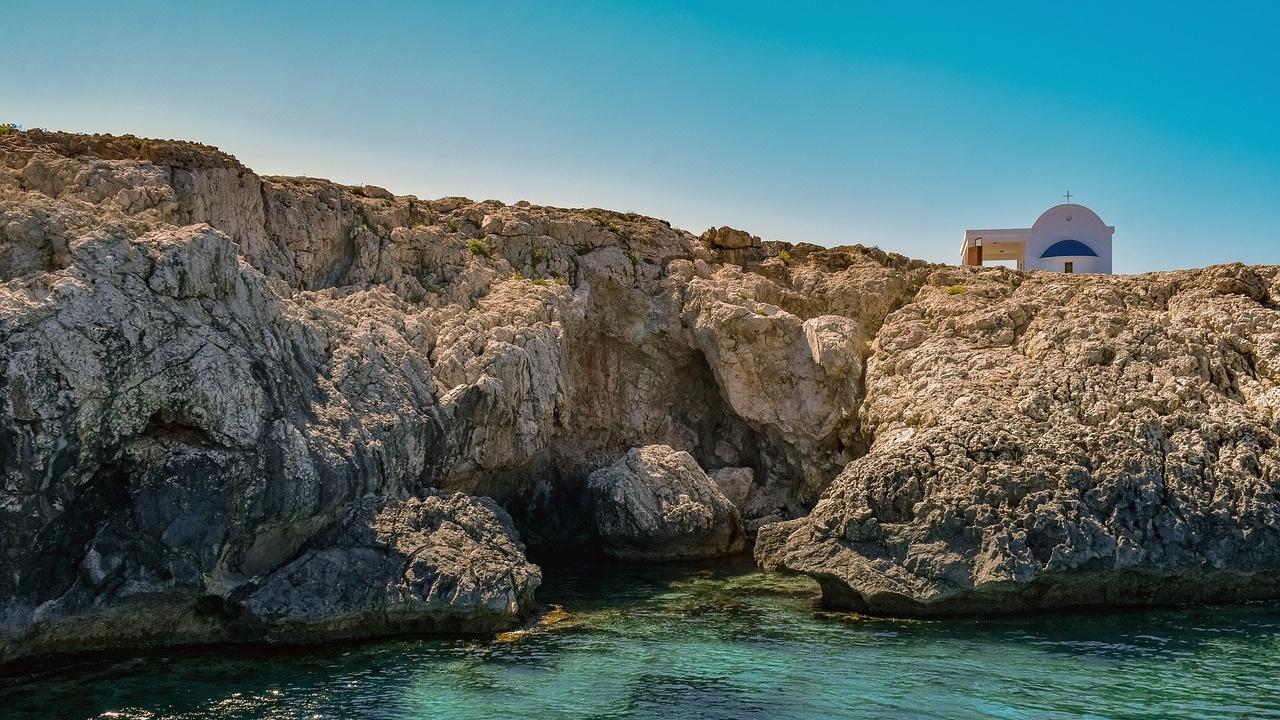 Кипър е на първо място в Европа с най-чистите води за къпане