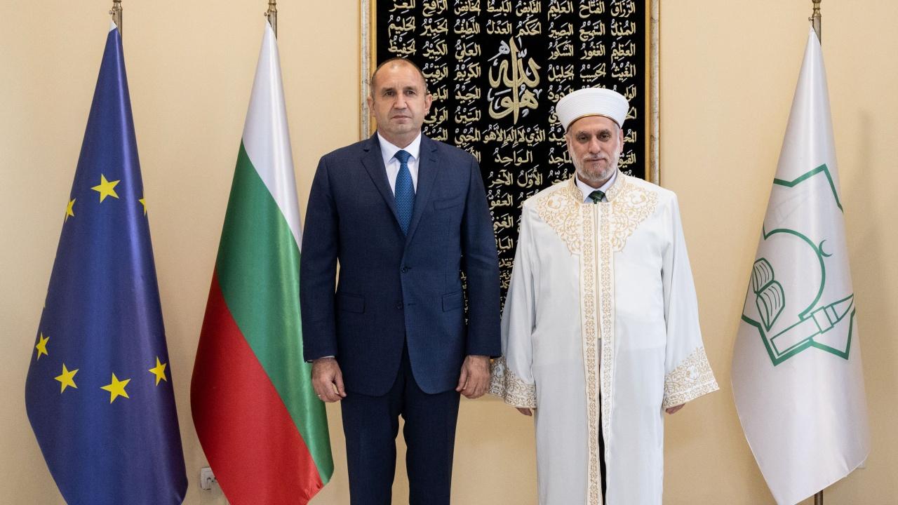 Румен Радев поздрави д-р Мустафа Хаджи с преизбирането му за главен мюфтия на мюсюлманското изповедание в България