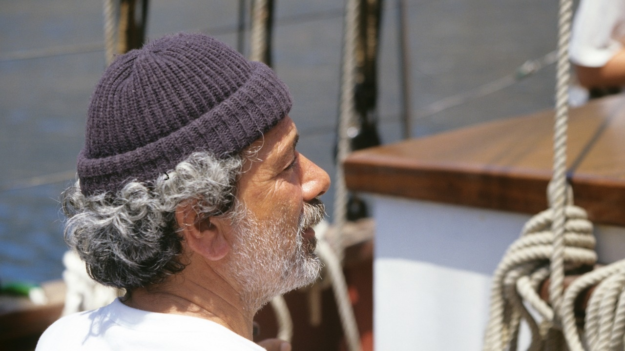 Моряците в Гърция отложиха стачката си за 10 юни