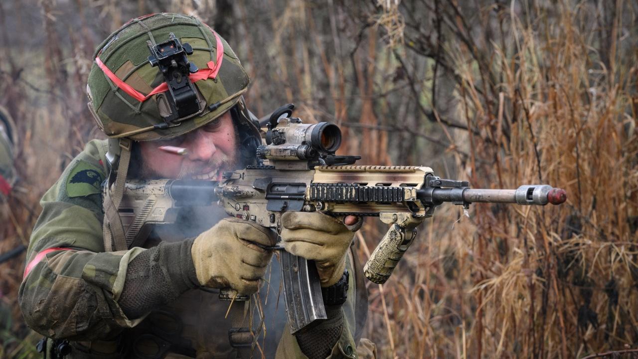 Военни на НАТО тренираха отговор на руска атака в Румъния