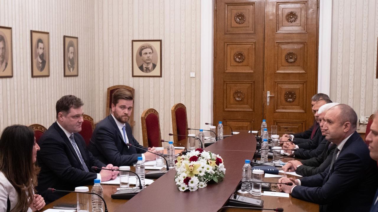 Румен Радев пред Херо Мустафа: Ефективната борба с корупцията изисква общи усилия от партньорските държави