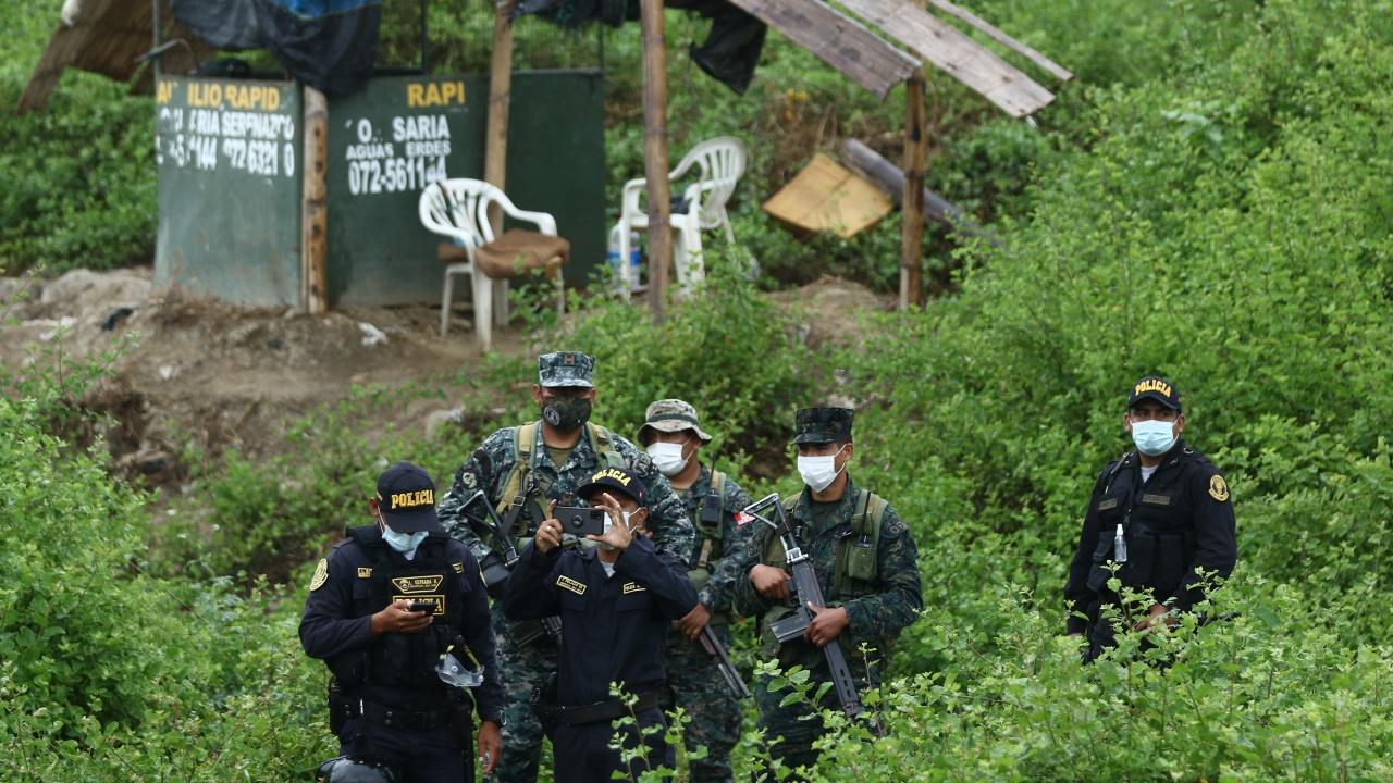 Колумбия отвори отново границата си с Венецуела след 14-месечно затваряне