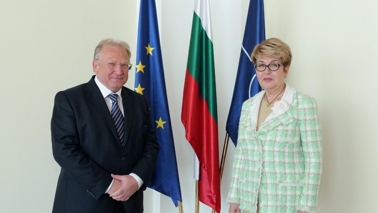 Министърът на външните работи Светлан Стоев прие посланика на Руската федерация