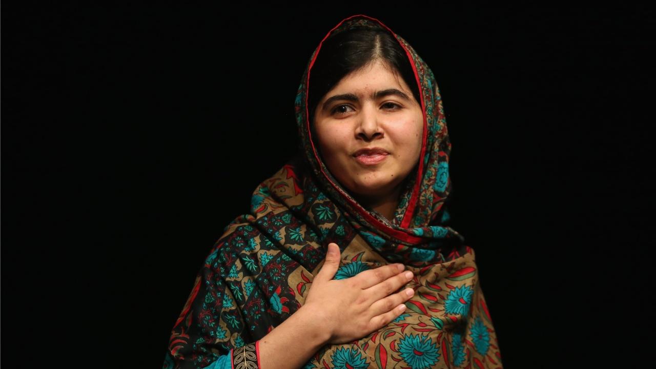 Малала Юсафзаи краси корицата на Vogue