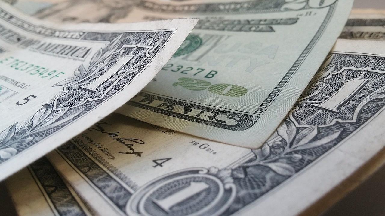 Русия напълно изоставя долара в структурата на Фонда за национално благосъстояние