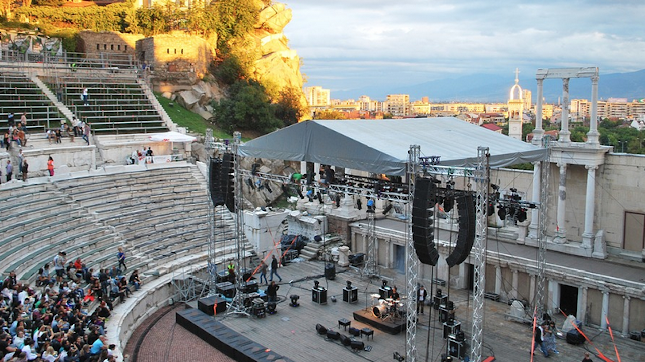 Флашмоб поставя важни въпроси за съхраняването на културната памет в Пловдив