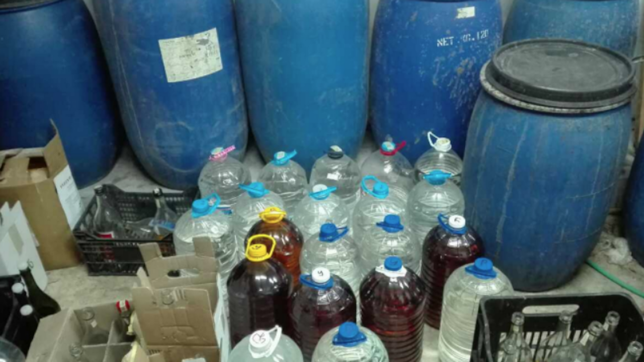 Заловиха 250 литра алкохол без бандерол