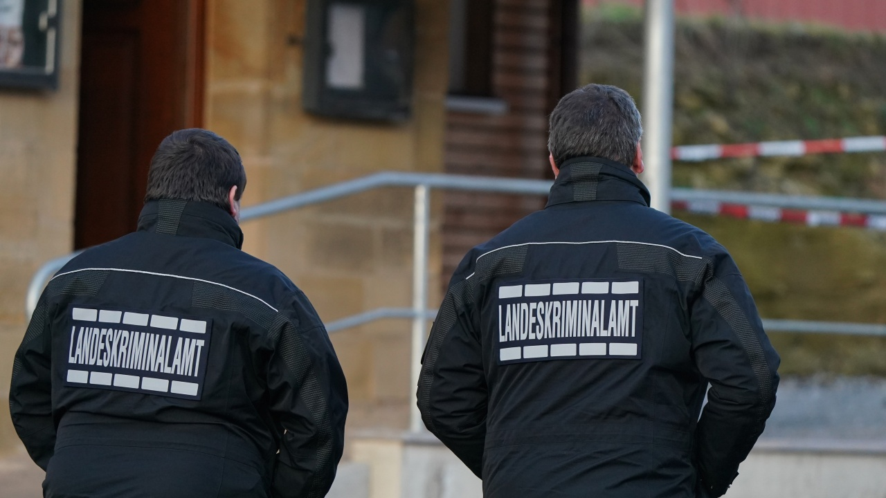 Двама убити след стрелба до съдебна сграда в германския град Целе