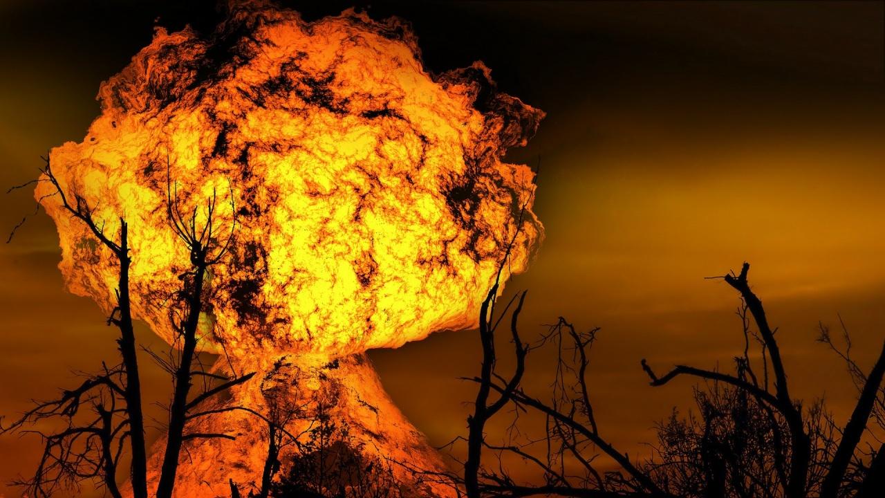 Силни експлозии разтърсиха сръбския град Чачак