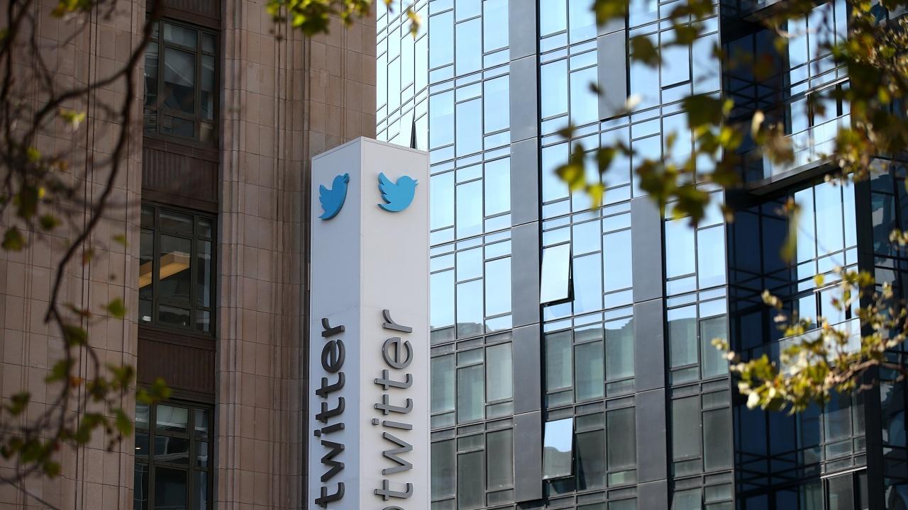Туитър пуска платени абонаменти в две страни