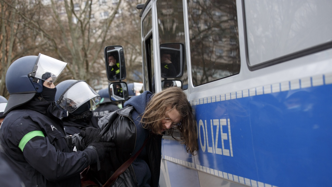 В Германия арестуваха журналисти,  отразили протест на природозащитници