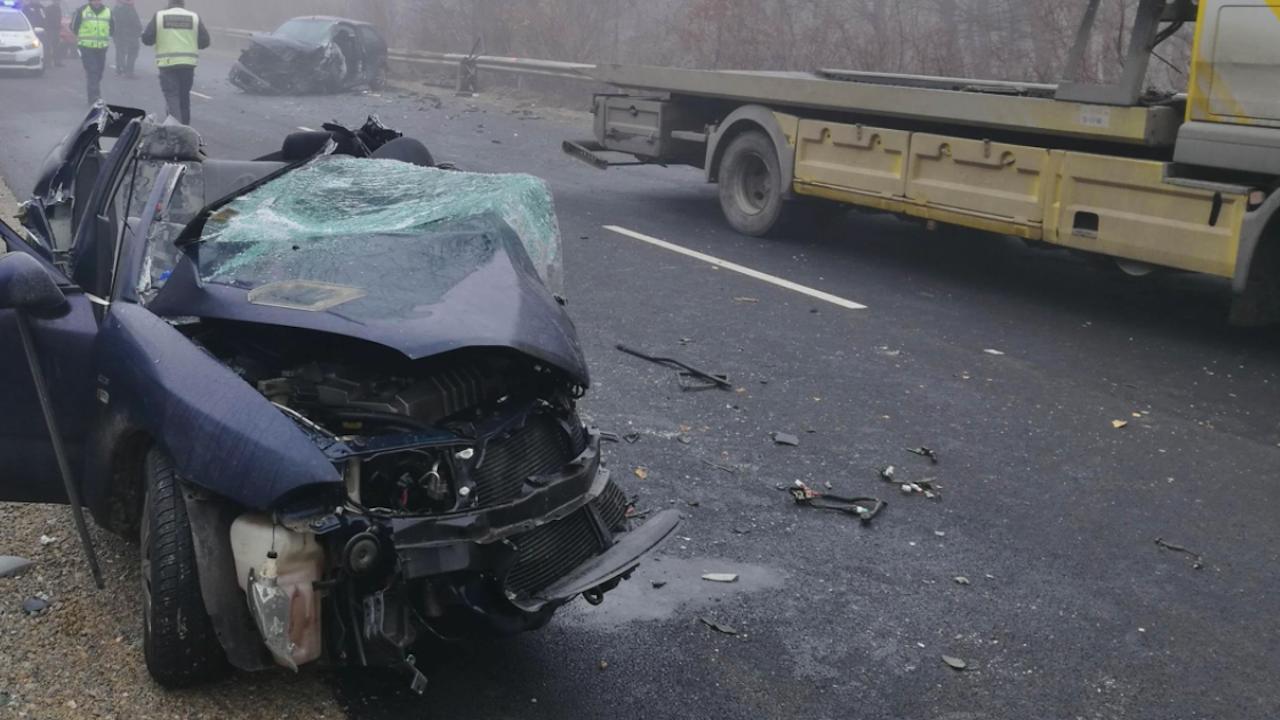 Зверска катастрофа във Врачанско: Двама души загинаха