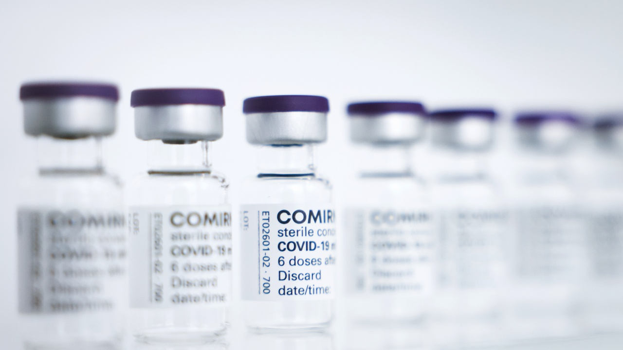 В България пристигнаха 184 860 дози ваксина срещу COVID-19