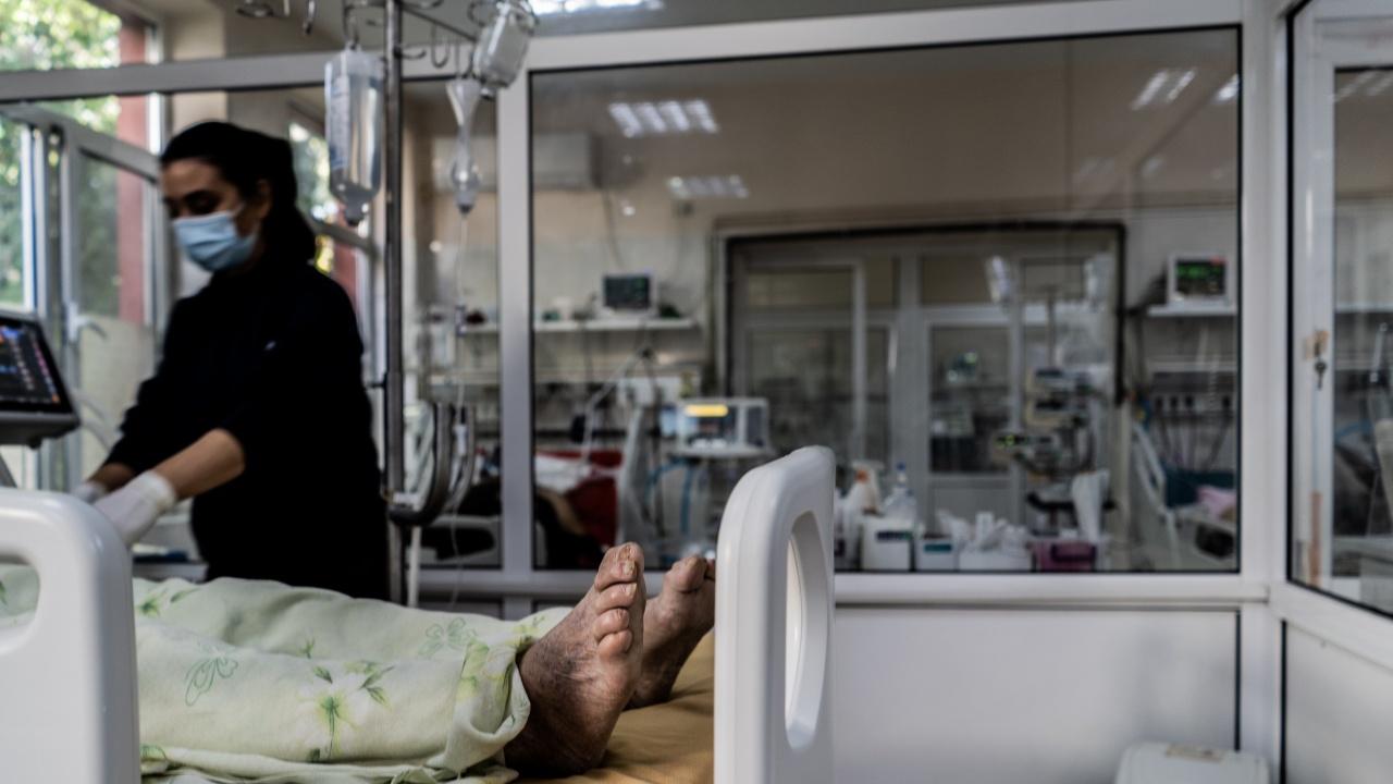 Продължава спадът на хоспитализираните с COVID-19 в Русенско