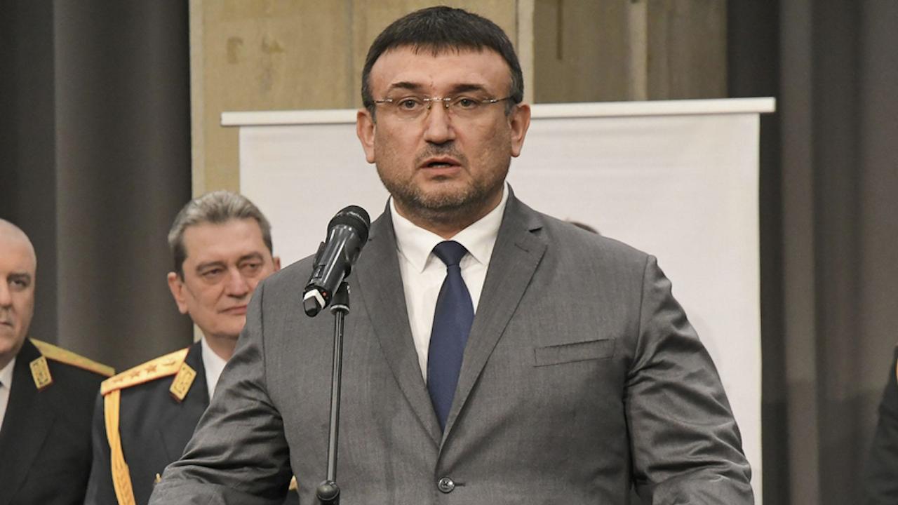 Младен Маринов: Никой вече не може да ругае МВР и прокуратурата