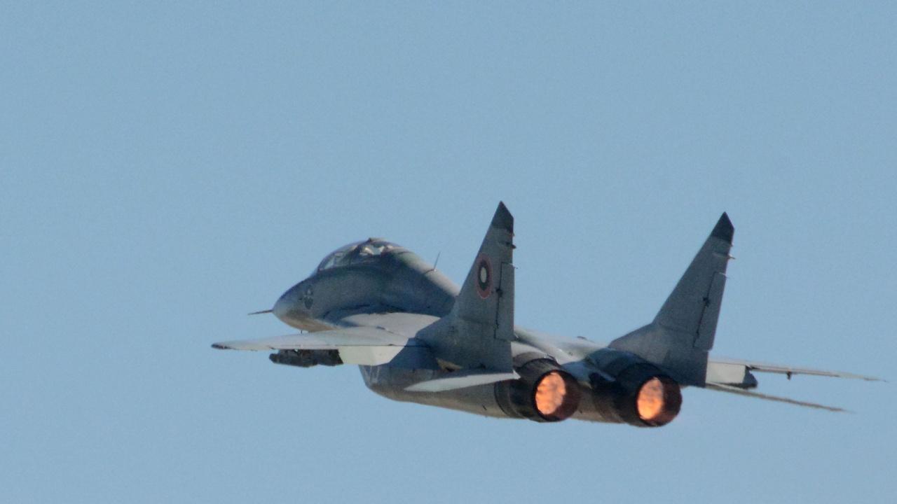 Авиоинструктор за инцидента с МиГ-29: Възможно е да е била допусната летателна грешка