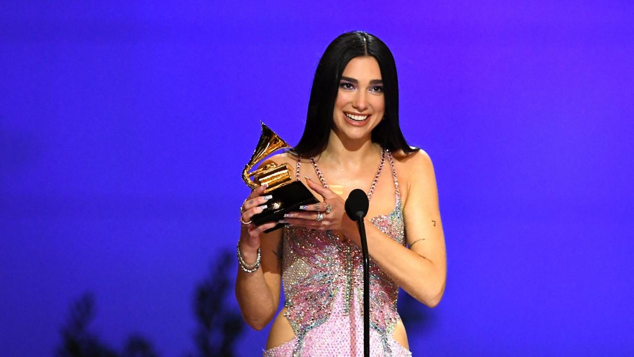 Дуа Липа е най-излъчваната британска певица