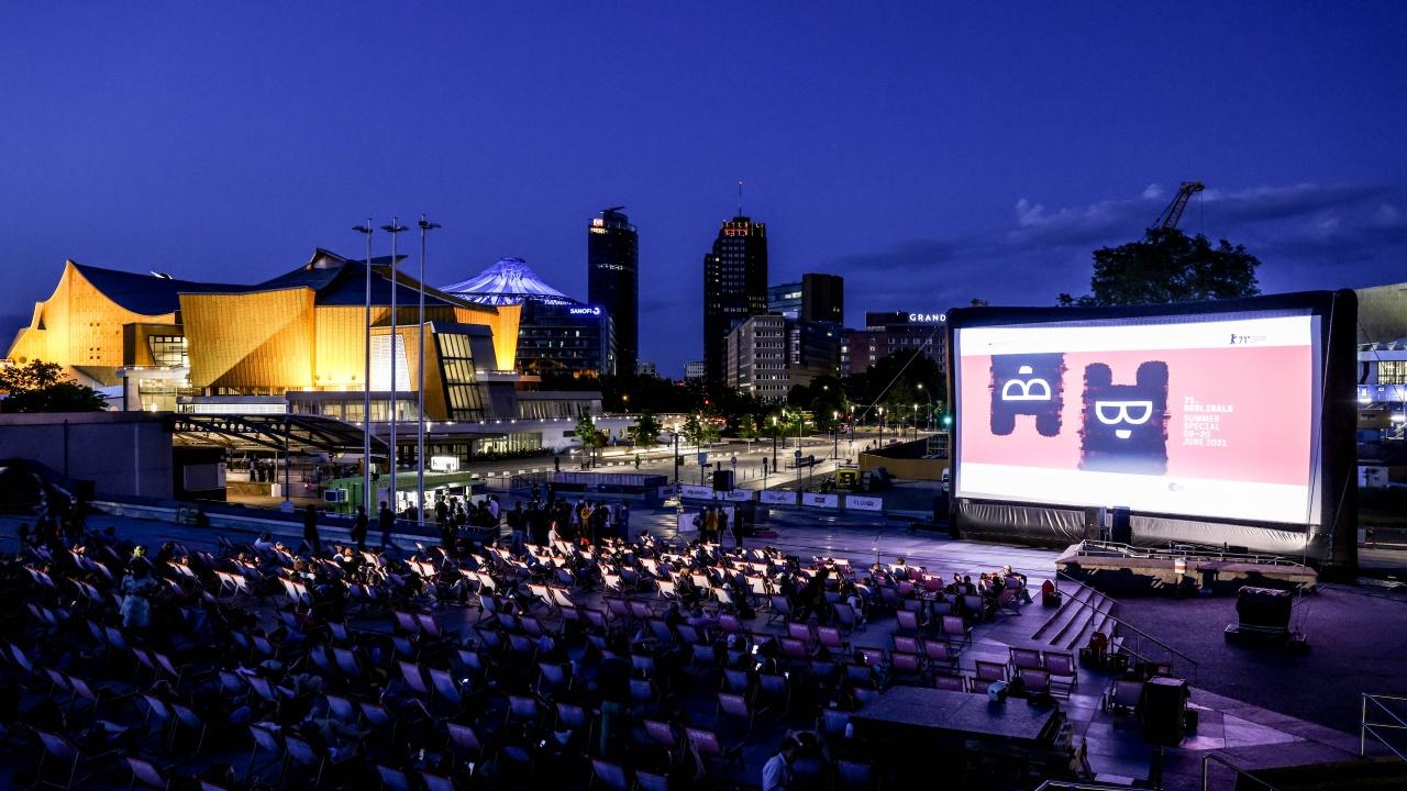 Берлинският кинофестивал започна за широката публика със събитие на открито на Музейния остров