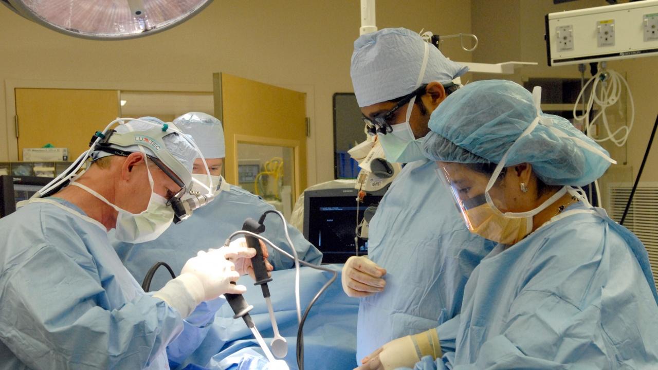 Наши хирурзи извършиха уникална операция на сърце