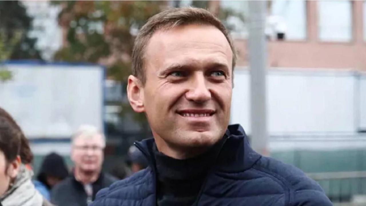 Екипът на Навални твърди, че медицинската документация след отравянето е била подправена