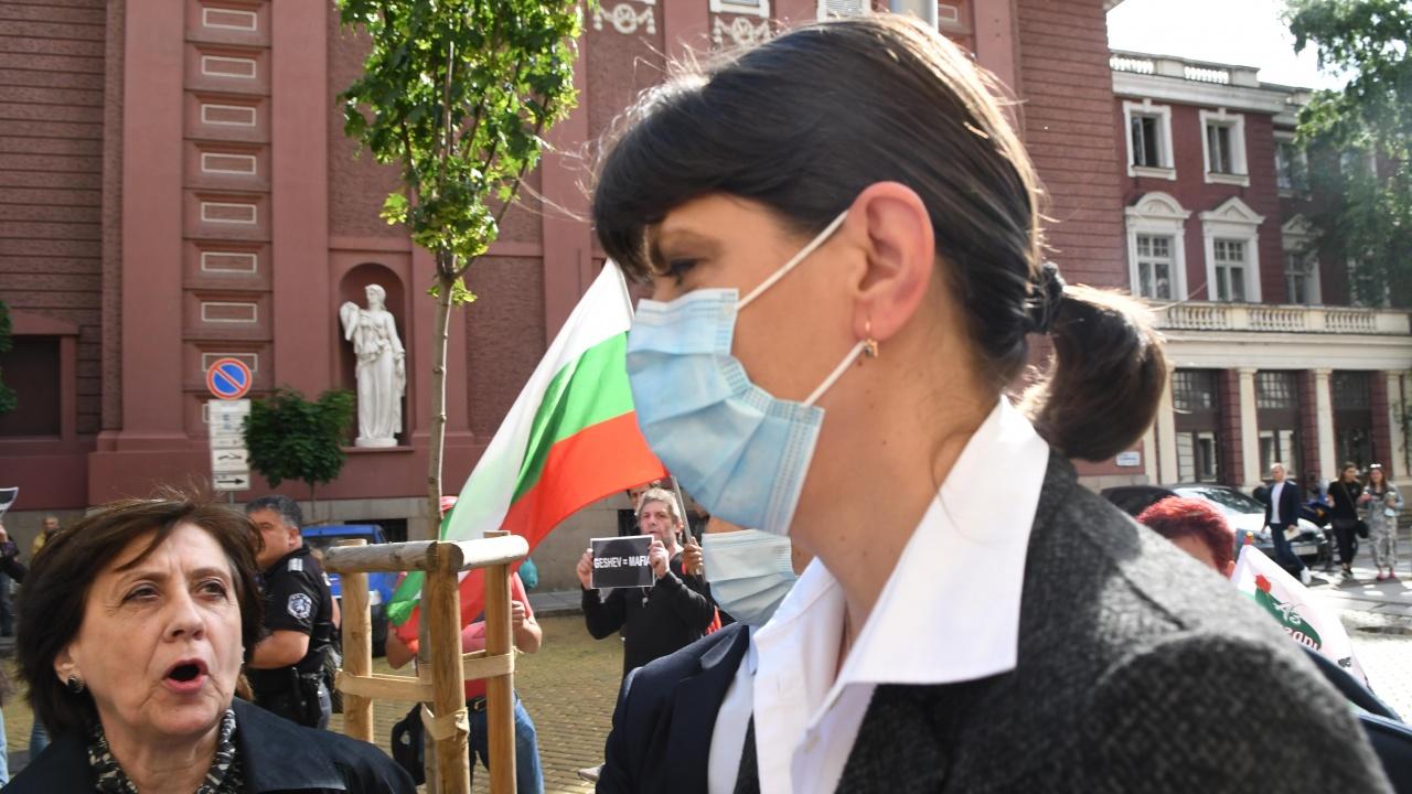 Визитата на Лаура Кьовеши у нас продължава втори ден