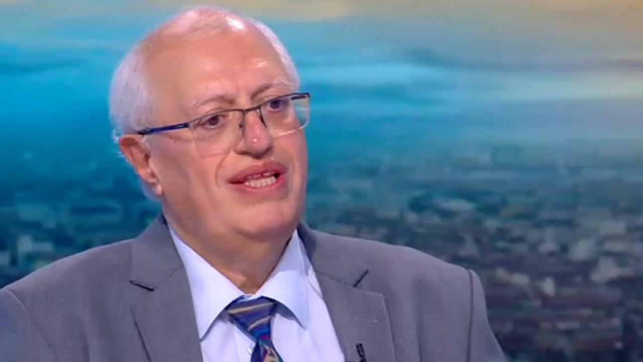 Доц. Спасков: Засмукването на повече средства от НЗОК е нереалистично