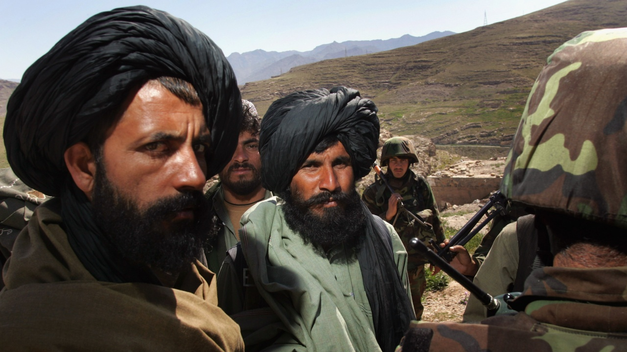 Талибаните превзеха още един окръг в Афганистан
