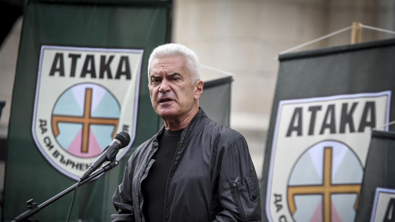 """Телеком отряза ПП """"Атака"""" заради огромни задължения, Сидеров им спретна скандал"""