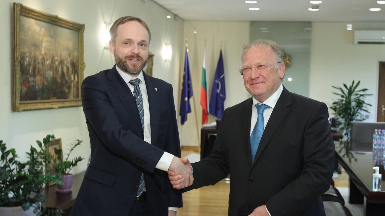 Външните министри на България и Чехия обсъдиха възможностите за задълбочаване на сътрудничеството