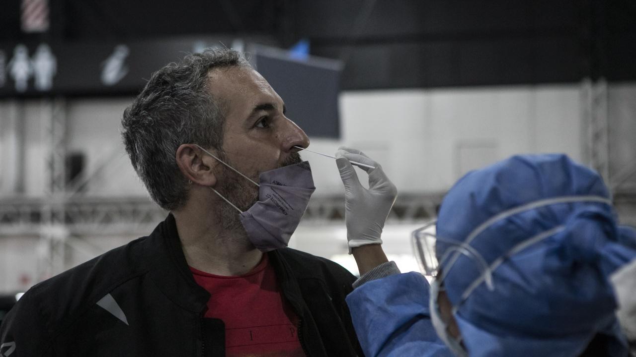 За денонощие в Русия са открити над 13 500 нови заразени с коронавируса