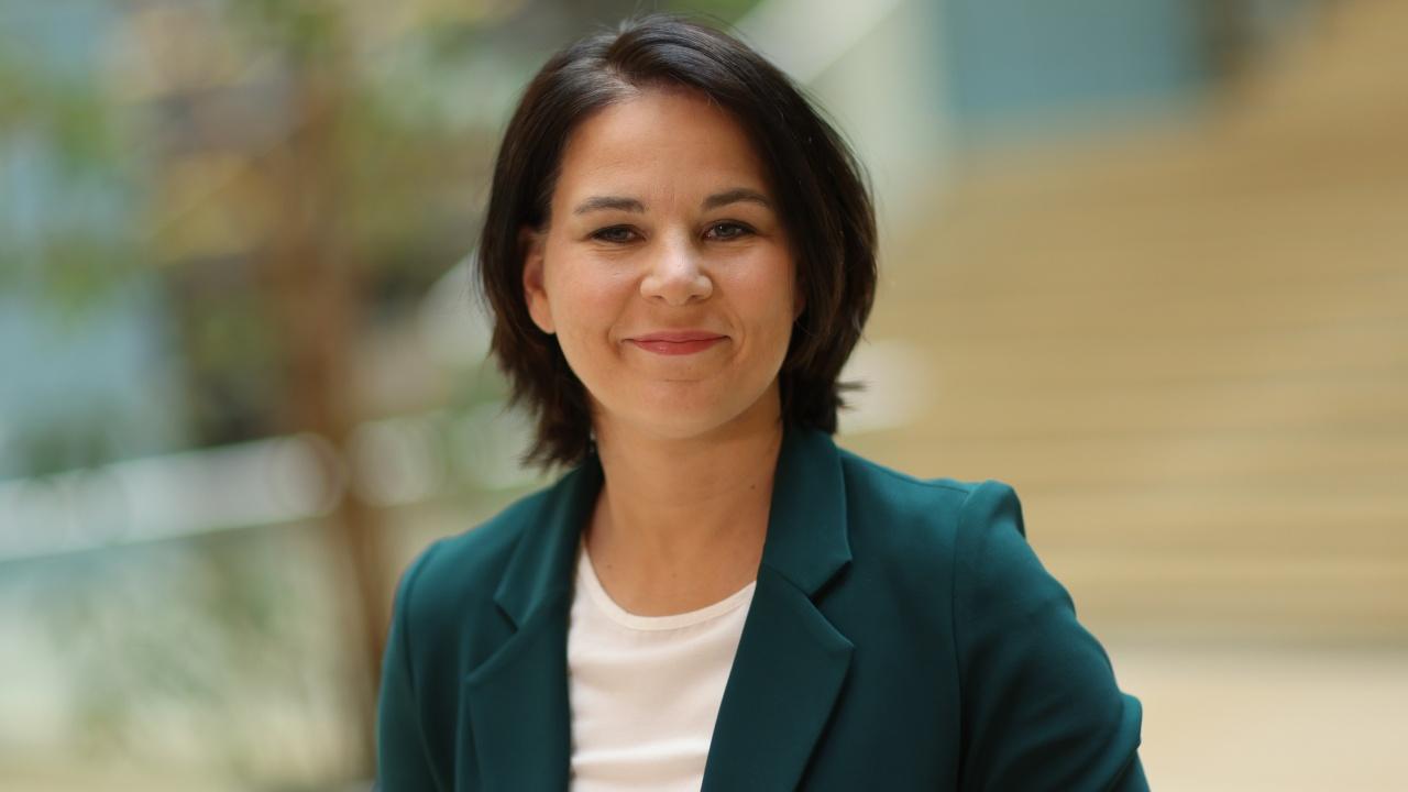 """Германските """"Зелени""""избраха лидера си Аналена Бербок за свой кандидат за канцлер"""