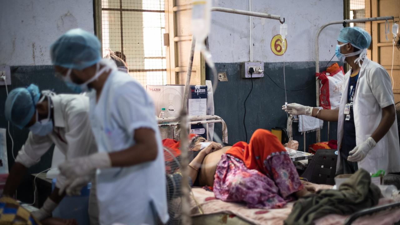 Индия отчете малко над 70 хиляди нови случая на COVID