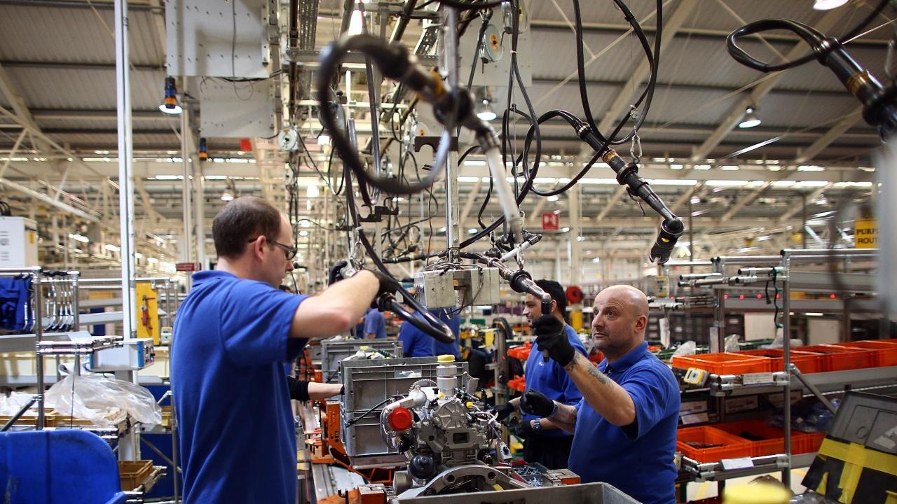 Подем на индустриалното производство в ЕС през април при по-слабо нарастване в България