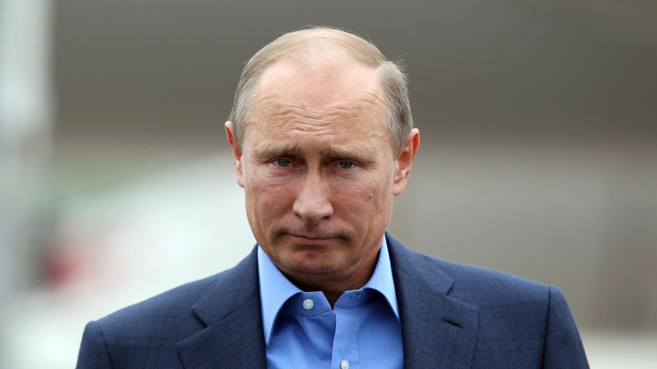 Путин отрече някой да се е опитвал да убие Навални