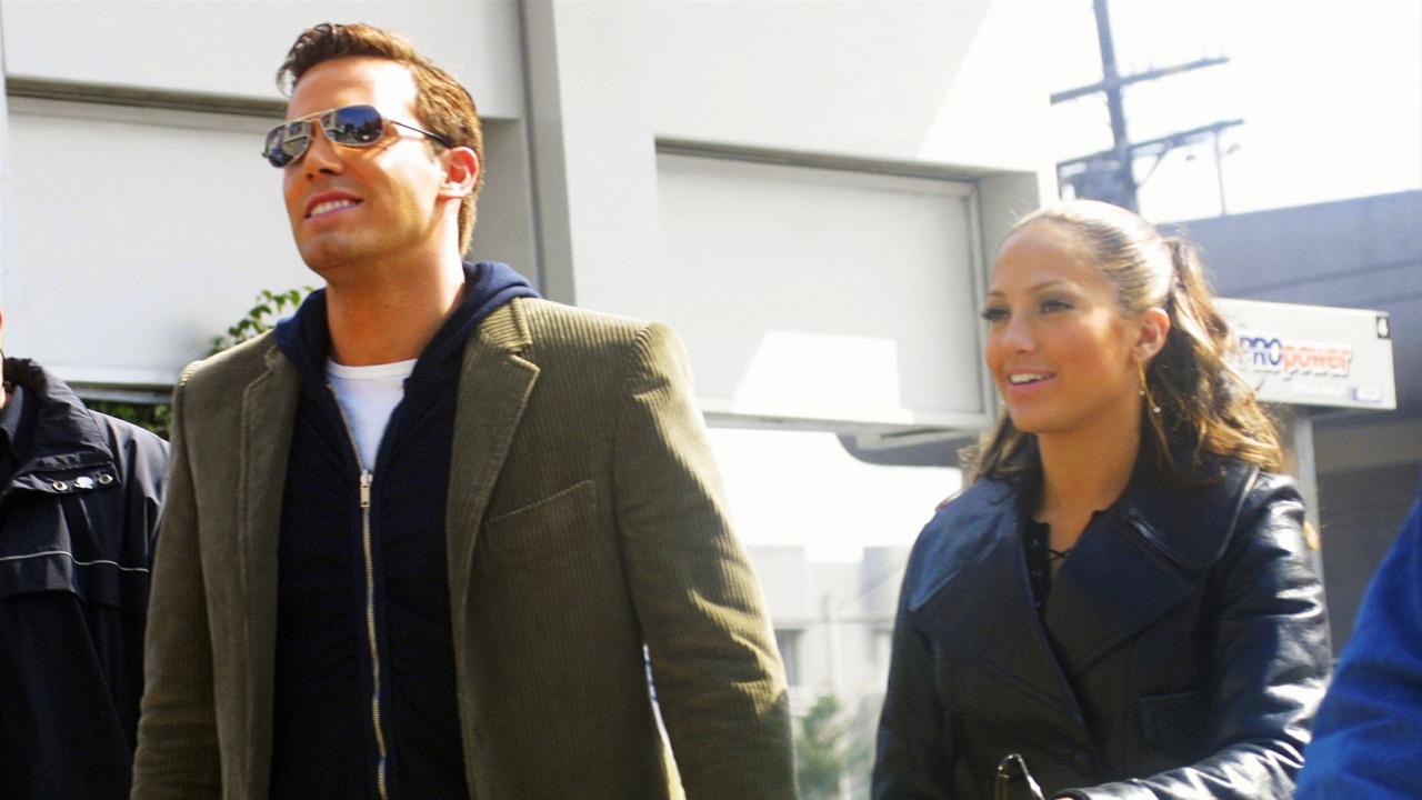 Дженифър Лопес и Бен Афлек бяха заснети да се целуват страстно