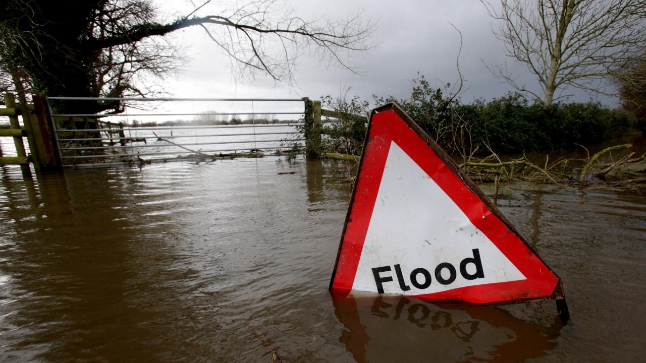 Проливни дъждове и наводнения в Турция