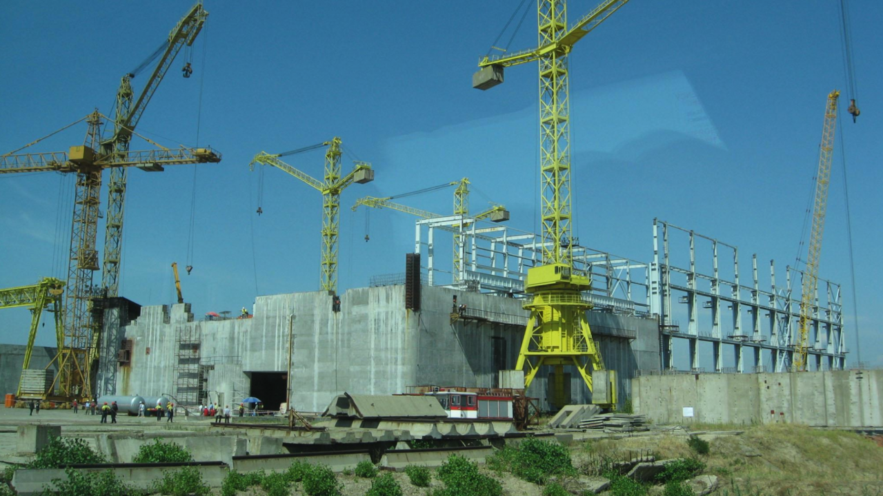 """Булатом: Необходимите средства за завършване на проекта АЕЦ """"Белене"""" са около 8-9,5 милиарда евро"""