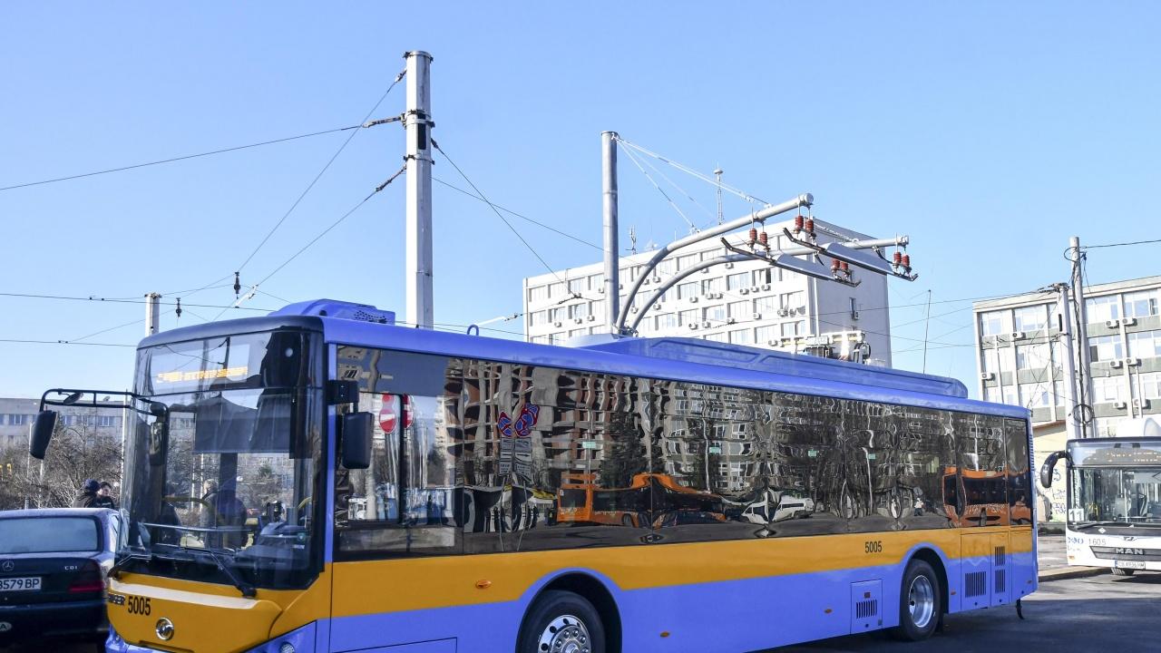 Обявяват нова процедура за доставка на електробуси в София