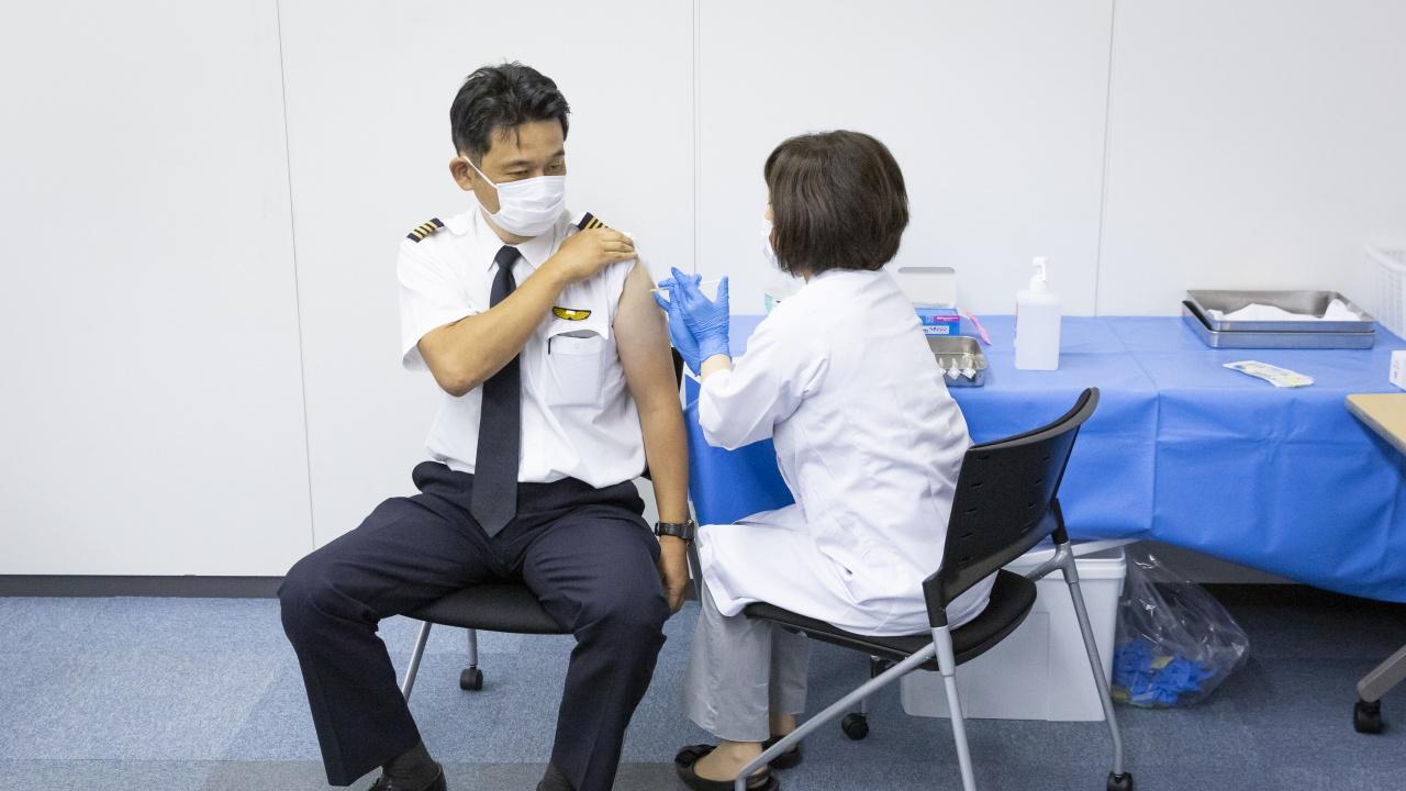 Японски компании създават пунктове за ваксинация срещу COVID-19