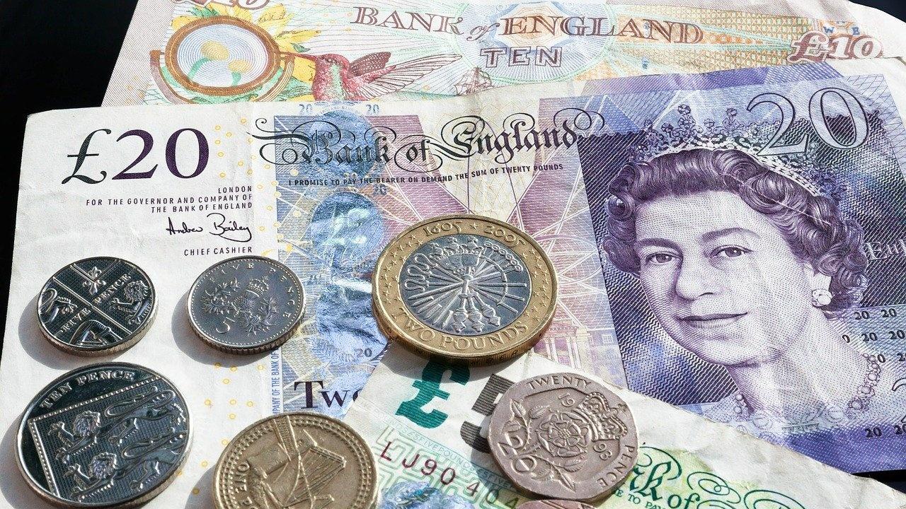 Британската инфлация надхвърли през май важното ниво 2 на сто