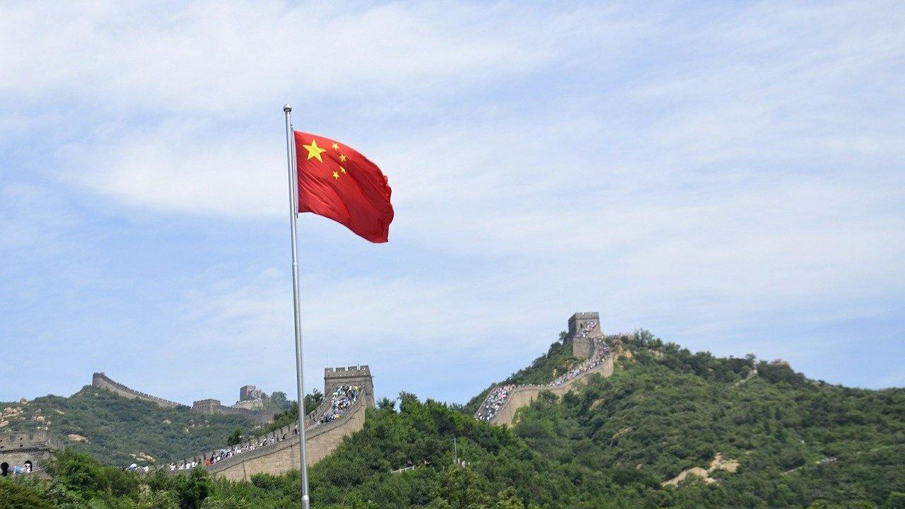 Забавяне на производствения и на растежа при продажбите на дребно в Китай през май