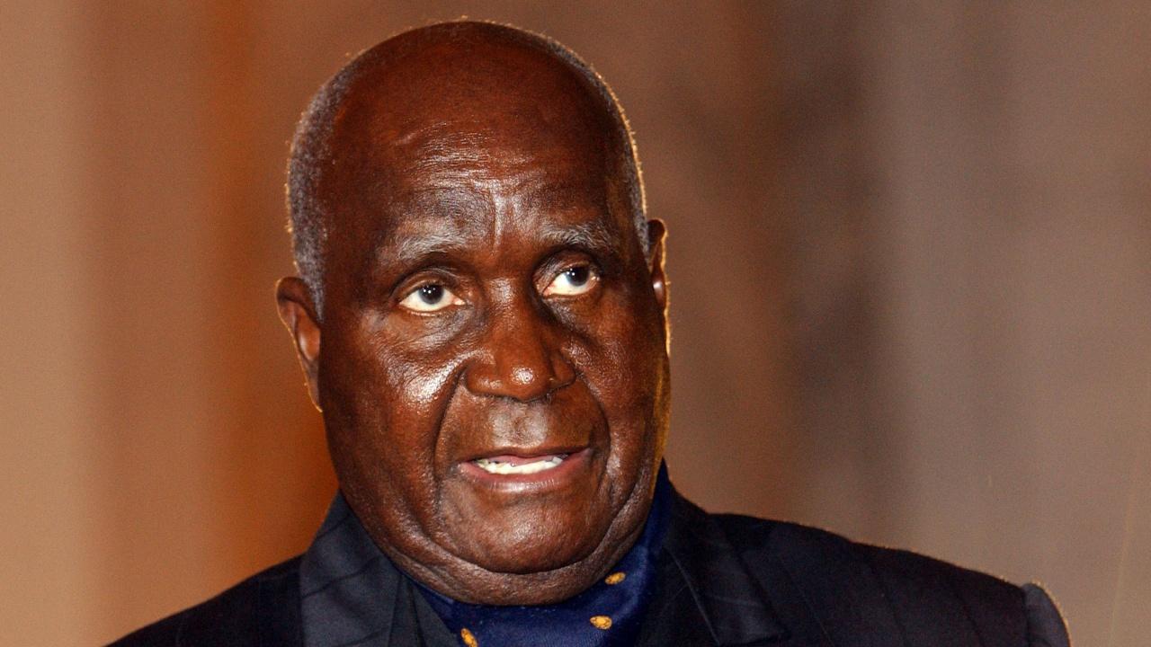 Първият президент на Замбия Кенет Каунда почина на 97-годишна възраст