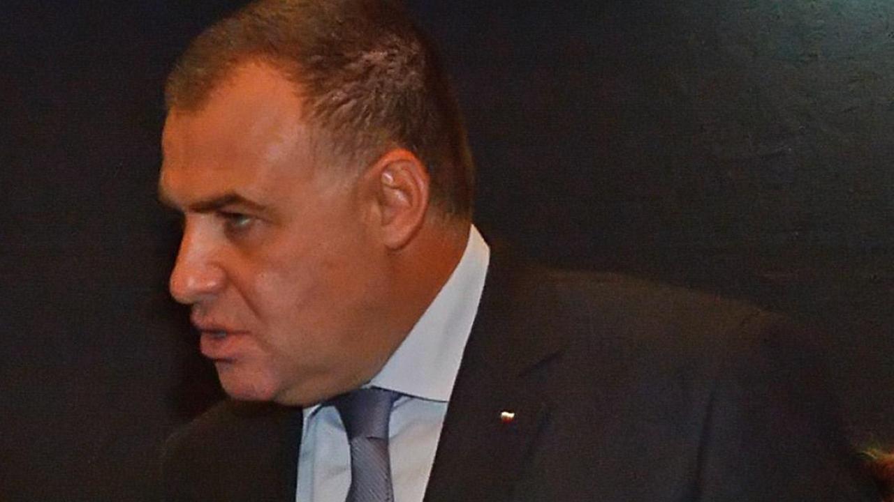 Бившият земеделски министър Мирослав Найденов бил на разпит в полицията