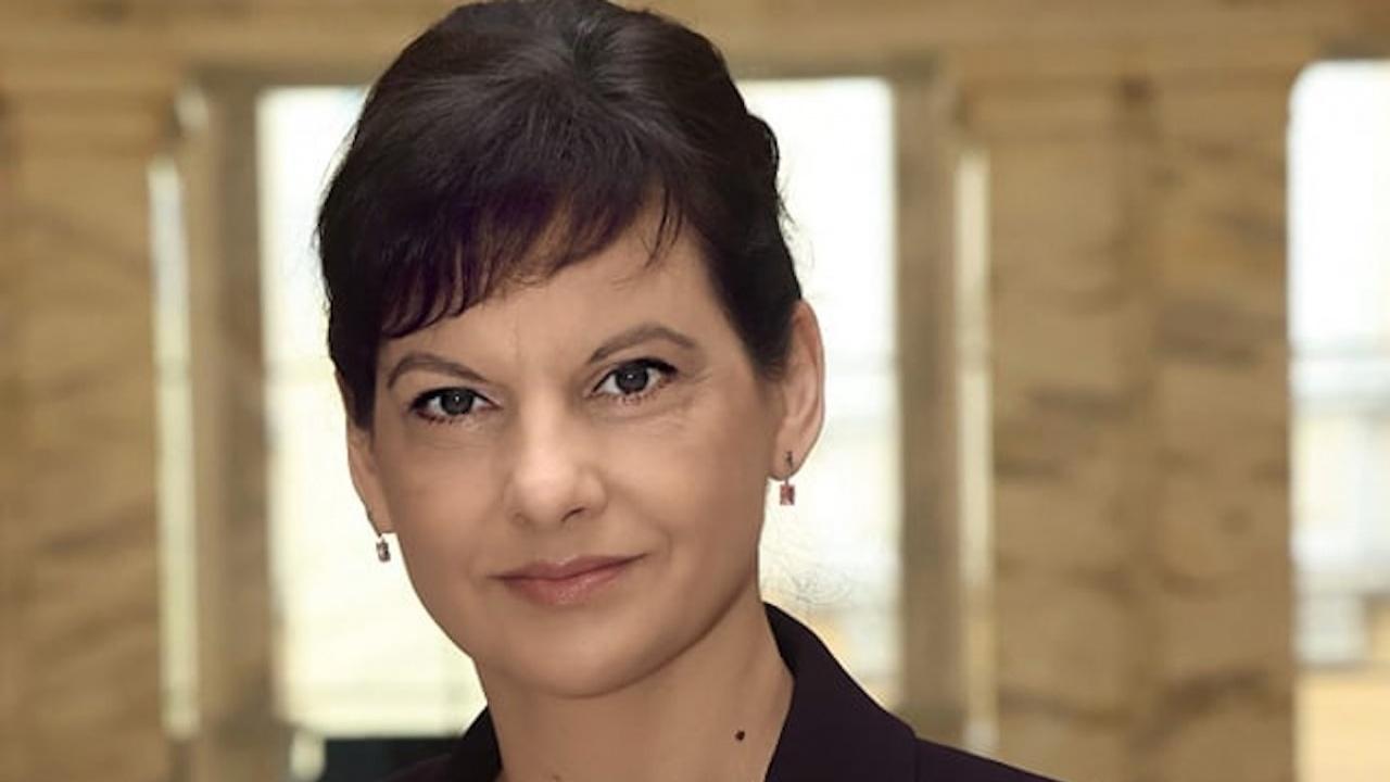 """Д-р Даниела Дариткова: """"Реформата"""" на служебния здравен министър е лобистка, има риск за пациентите и за бюджета на НЗОК"""