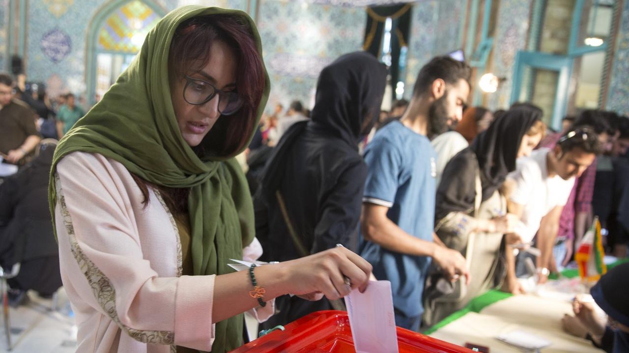 Гласуването на президентските избори в Иран приключи