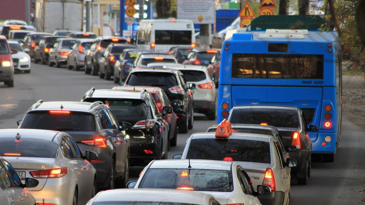 """Трафикът на ГКПП """"Кулата"""" продължава да е интензивен и в следобедните часове"""
