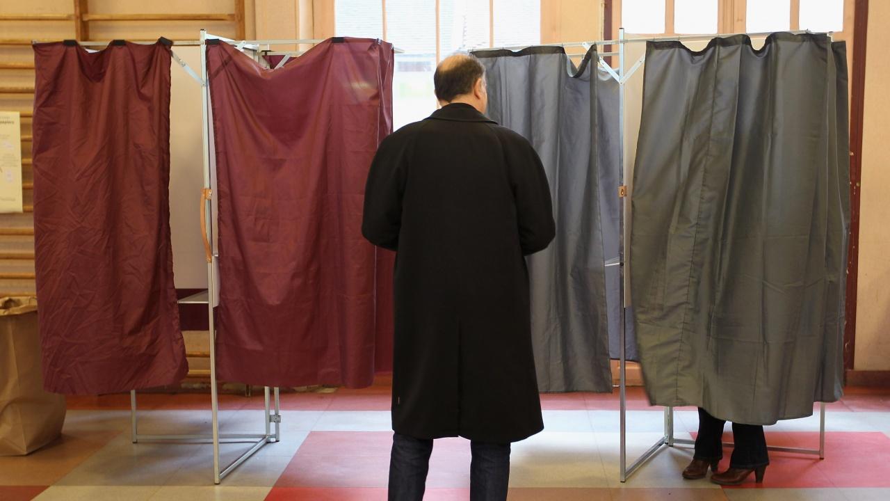 Във Франция днес е първият тур от отложените от пролетта регионални избори