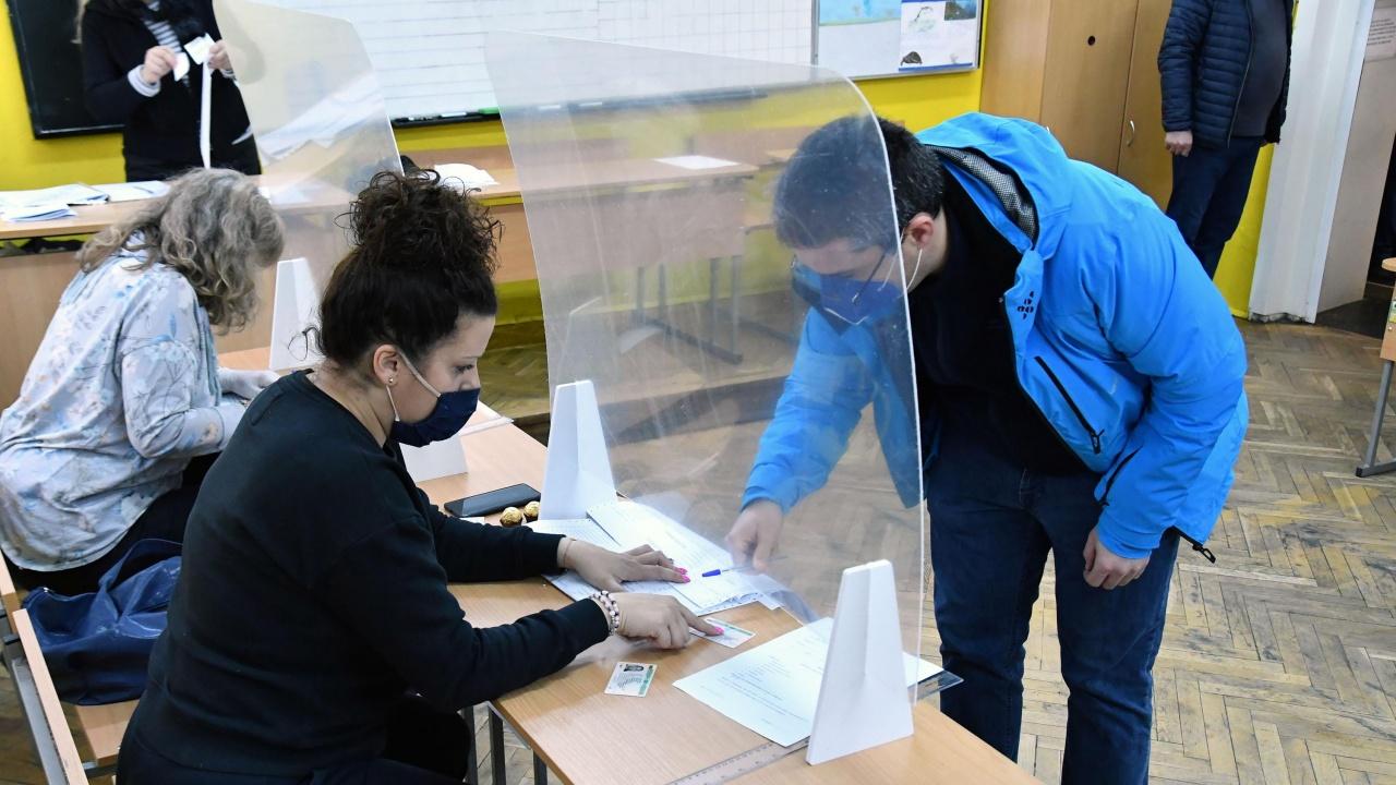 МВнР ще предостави утре информация за организацията на изборите зад граница