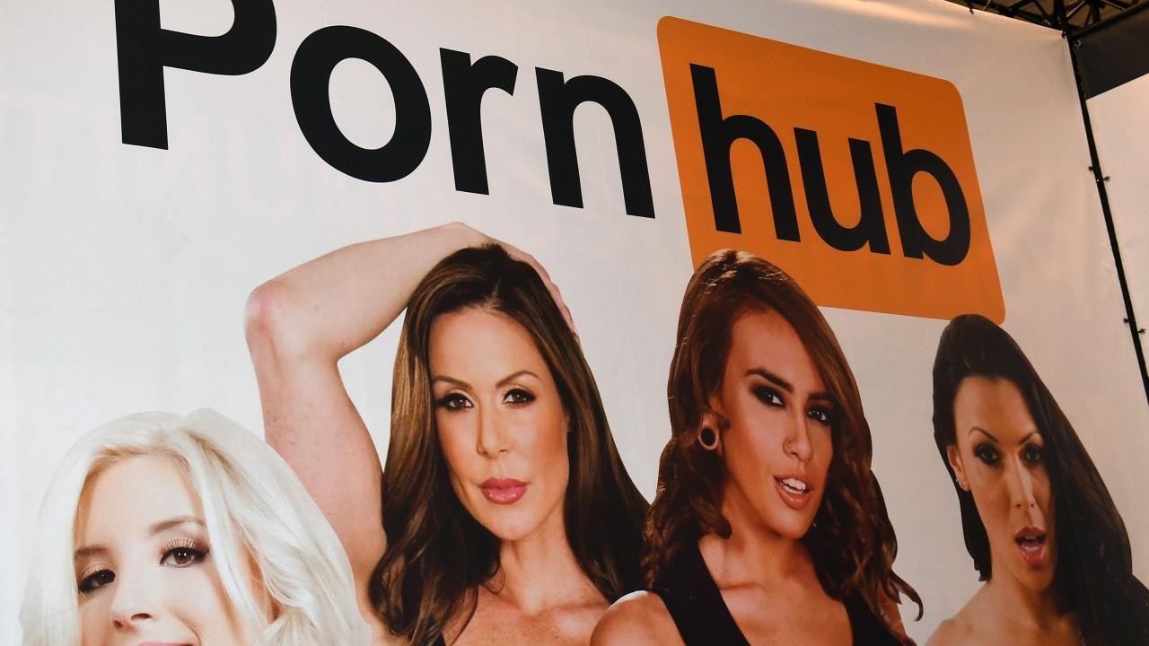 30 жени съдят PornHub за свои видеа