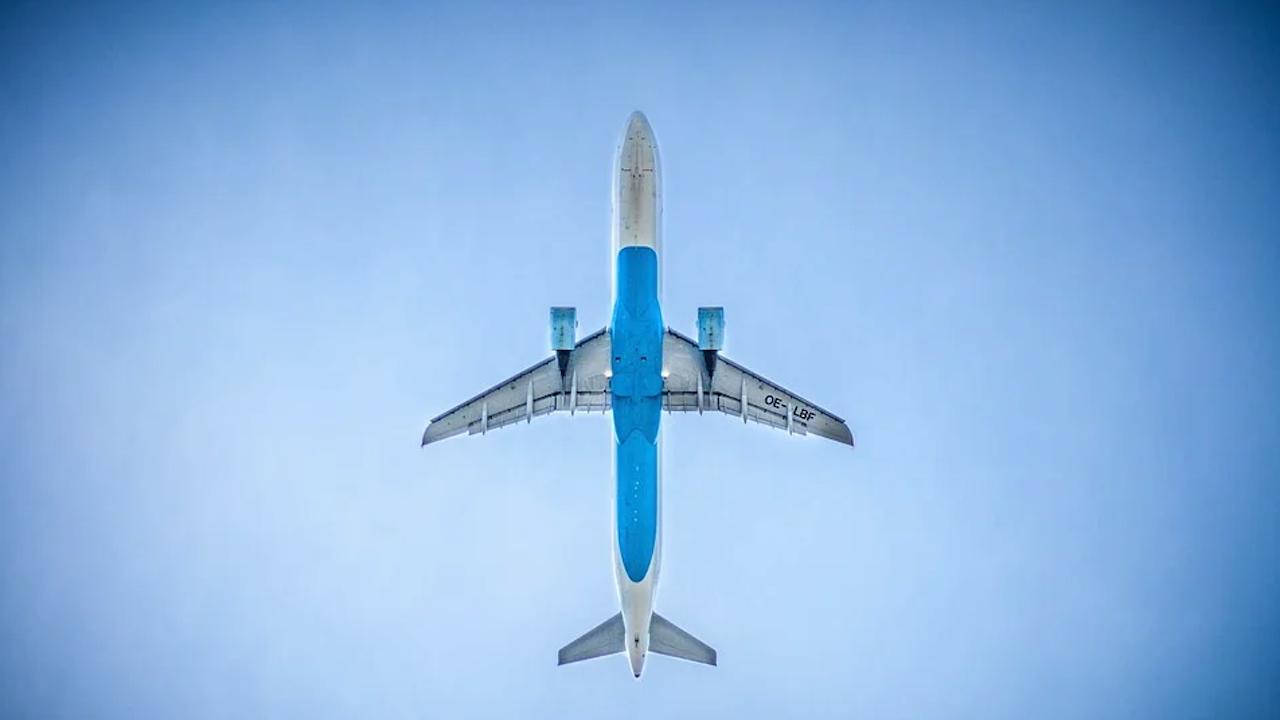 Седем държави извън ЕС затварят въздушното си пространство за авиокомпании от Беларус
